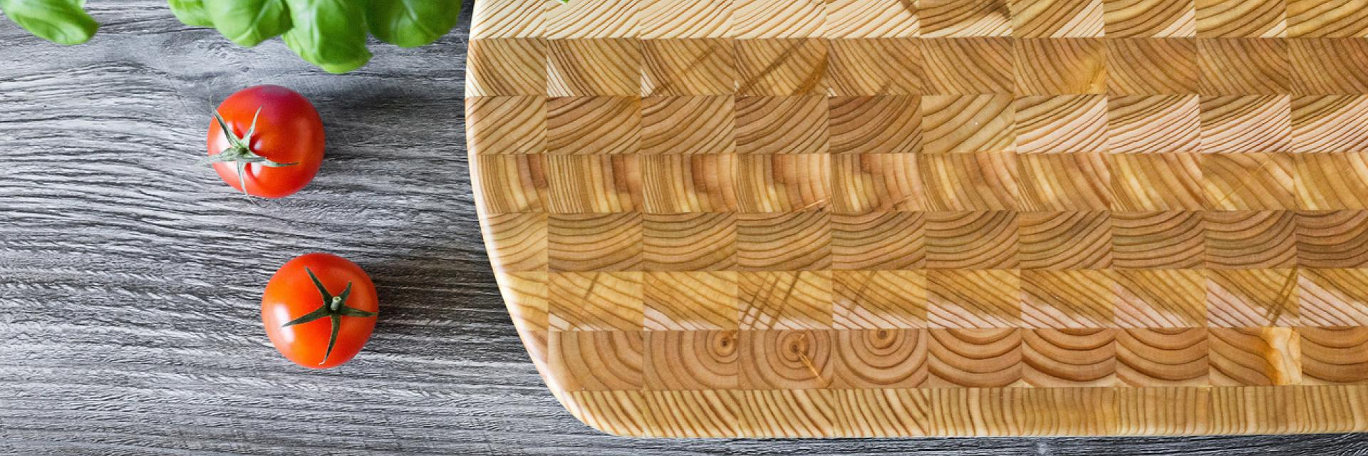 Rounded Larch Wood cutting board